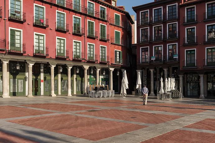 Paseante.-Valladolid,-2020.web1jpg