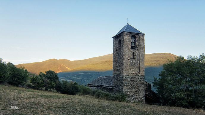 Iglesia Románica de Surp