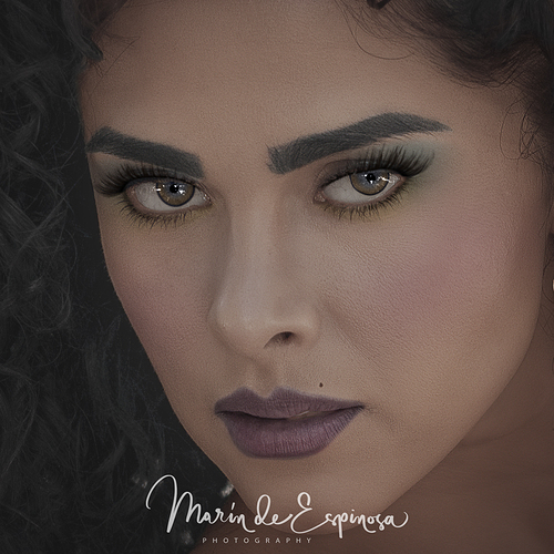 _DSC8336-sharpen-sharpen_Beauty_Cuadrado_Maquillaje_flojo